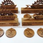 Наградные-куби-и-медали-из-дерева-для-Format-X-Race-от-Feeling-Wood