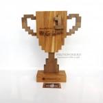 Деревянный наградной кубок для Банка Открытие - наградная продукция с гравировкой на заказ от Feeling Wood