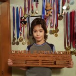 Семен Данильянц - юный фигурист с медальницей от Feeling Wood