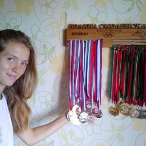 Полина Смоленская, мастер спорта по академической гребле, вице чемпионка России 2015 года в 4х. Входит в состав сборной России по академической гребле среди молодежи.